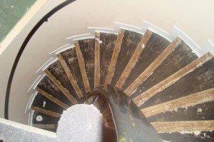 Trap Tapijt Verwijderen : Vloerbedekking van trap verwijderen vloer verwijderen wolter